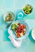 Italienischer Hühnereintopf mit Brokkoli und Nudeln