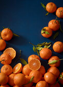 Fresh clementines, whole and halved