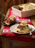 Somlauer Nockerl (Hungarian sponge cake)
