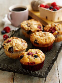 Berry Crumble Muffins
