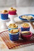 Layered cupcakes with cinnamon cream