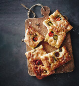 No knead focaccia with tomatoes and rosemary