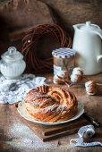 Yeast crunch with chestnut jam