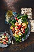 Nizza-Salat mit Zitronenlachs