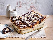 Rum and raisin chocolate slice