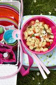 Gnocchi-Salat mit Tomaten und Salbei