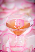 Rose cocktails with a petal