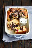 Yeast cake with poppy seeds and cherries