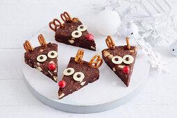 Rentier-Brownies mit Brezeln (weihnachtlich)