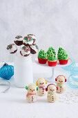 Verschiedene Weihnachtsgeschenke aus der Küche