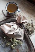 Mix-it-yourself medicinal teas for liver and gall bladder (peppermint, dandelion, chamomile, fennel, caraway and yarrow)