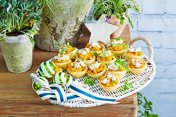 Roast pumpkin tarts