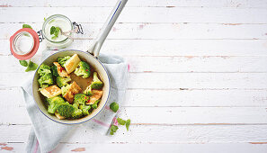 Fried broccoli and paneer (low carb)
