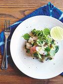 Salat mit mariniertem Kingfish und Wasserkresse