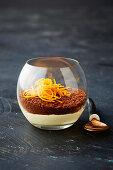 Four-ingredient layered cheesecake