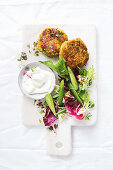 Salmon, chia and broccoli fish cakes (Low Carb)