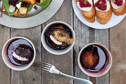 Baked beetroot with cheese and thyme