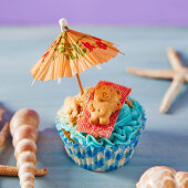 Summertime Teddy cupcake
