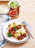Burritos mit Rinderhack und Reis