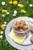 Biscuits with dates and hazelnuts