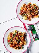 Braised chicken, rosemary and chilli pasta