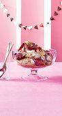Pfirsich-Trifle mit Zimt zu Weihnachten