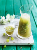 Green Grape and Apple Spritzer