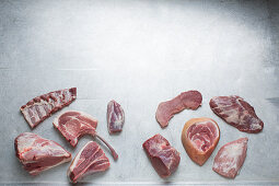 Stücke verschiedener Fleischsorten