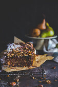 Spices pear and molasses loaf cake with out cake crumble