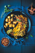 Carrot hummus, cauliflower pakoras and kale chips