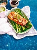 Japanese salmon with edamame salad (Low carb)