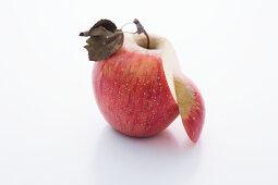 A Magenta apple, sliced