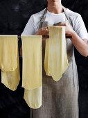 Drying pasta