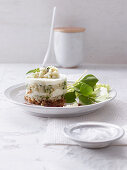 Savoury mozzarella tartlets with pear and basil tartare