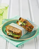 Low-carb bread with veggie
