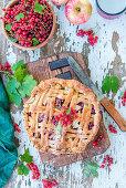 Apple pie with redcurrants