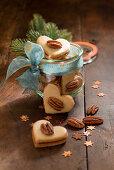 Stuffed pecan hearts (Christmas)