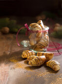 Walnut crescents (Christmas)