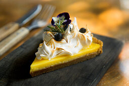 Lemon Pie with blueberries and meringue