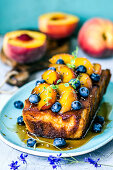 ​​Pie with caramelized peaches, blueberries and lavender