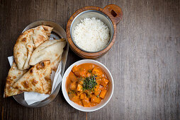 Veg Makhani with Rice and Naan (Indian)
