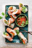 Sommerrollen mit Garnelen und Chili-Fisch-Sauce