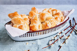 Yeast biscuits for Easter