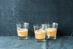 Spicy apple and ginger shots