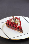 Verbena chocolate tart with fresh raspberries