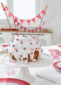 Mothers' Day cake with handmade garland