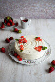 American cheesecake with strawberries