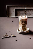 Sugarfree wake-up smoothie with banana, jogurt, coffee and linseeds