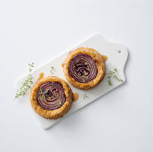 Mini onion and bread bakes
