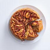 Peach cake with almonds and amaretti